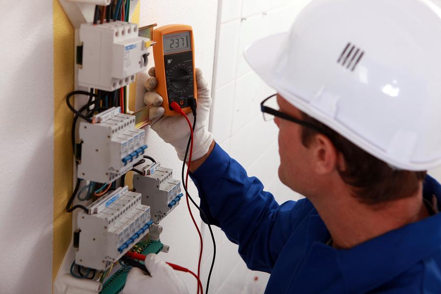 ≫Carrera Instalaciones Eléctricas SENA